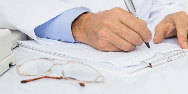 врач-инфекционист дает рекомендаций, какие сдать анализы если укусил клещ